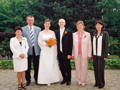 Novomanželé s rodiči
